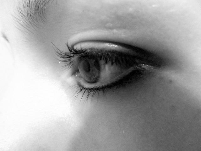 eye-17837_640